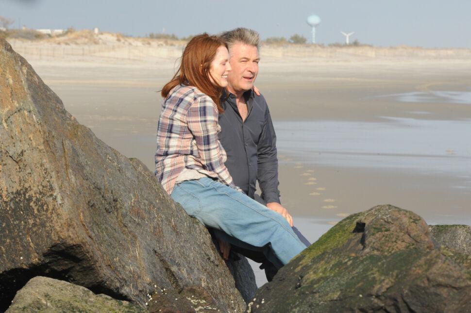 Julianne Moore i Alec Baldwin