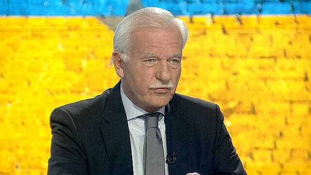 Olechowski: Ukraina niknie