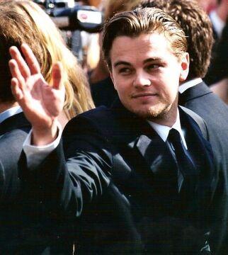 """DiCaprio na premierze """"Gangów Nowego Jorku"""" w 2002 roku"""