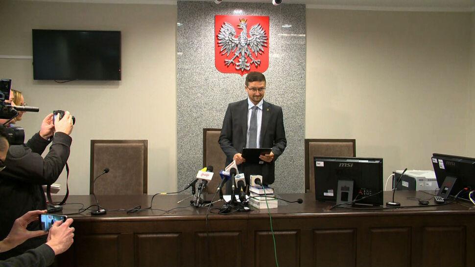 """""""Sędzia nie może bać się polityków"""". Apel sędziego z Olsztyna"""