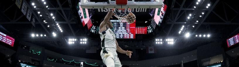 Wielki Giannis. Pierwszy taki występ w NBA od 1989 roku