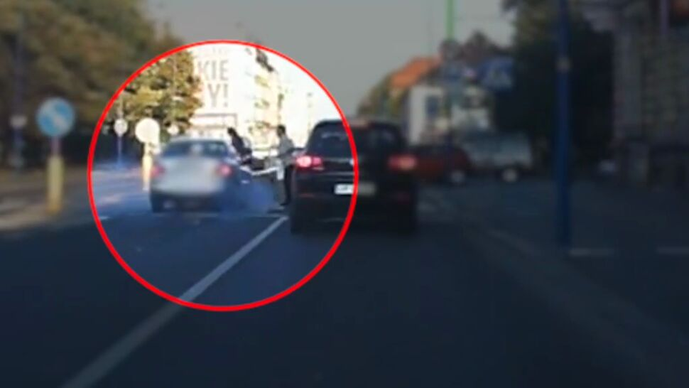 """Rowerzystka potrącona na przejściu dla pieszych dostała mandat. """"Złamała przepisy"""""""