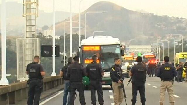 Porwał autobus, groził jego podpaleniem. BBC: napastnik z Rio de Janeiro nie żyje
