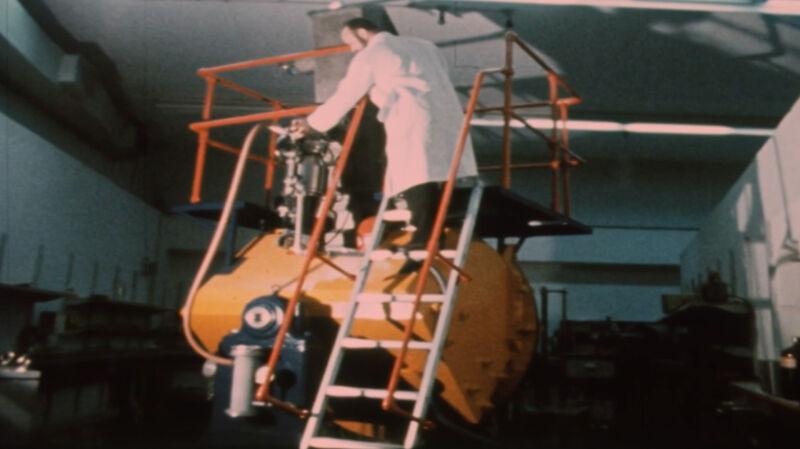 Izraelski instytut badań jądrowych w latach 60.