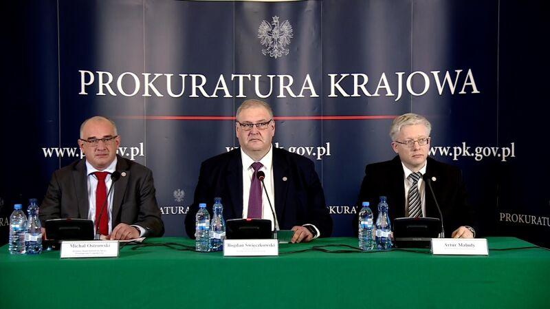 Prokurator krajowy ujawnił część materiałów dotyczących SKOK-u Wołomin. Cała konferencja