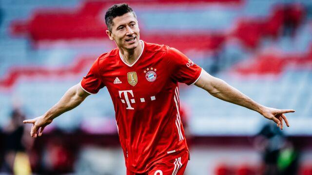 "Szef Bayernu ucina spekulacje. ""Lewandowski zostaje"""