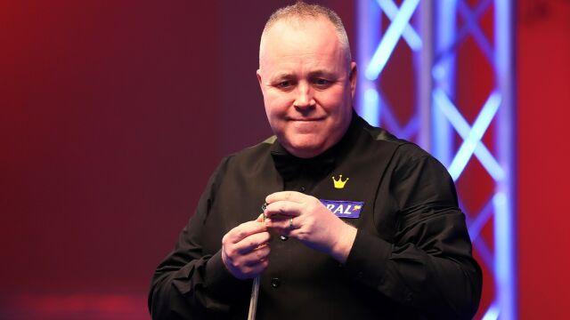 Higgins na fali mimo przerwanej serii. Starcie legend w finale Players Championship