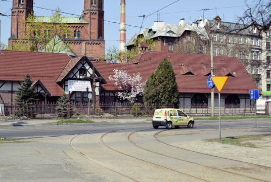 Budynek Głównego Wąskotorowego zachował się  prawie w stanie pierwotnym