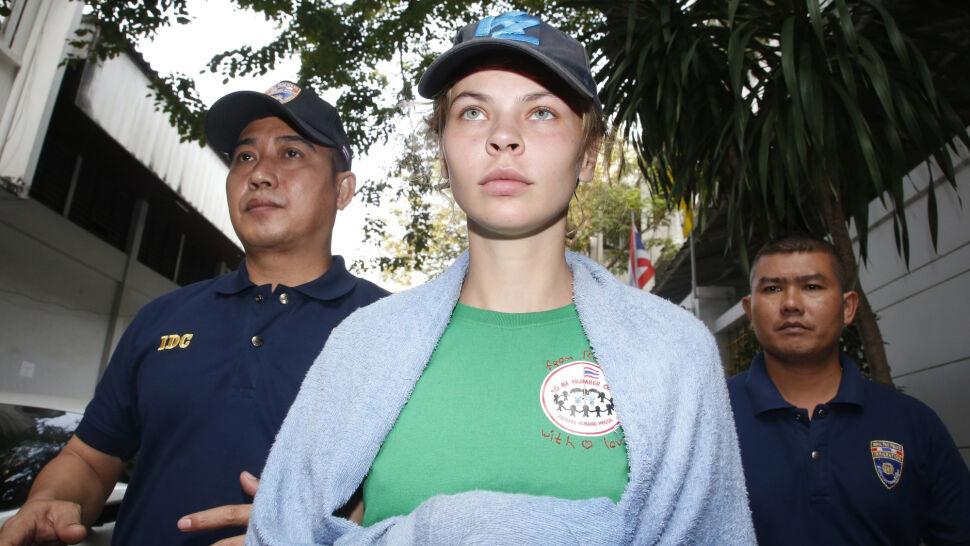 """""""Po tajlandzkim więzieniu nic nie będzie ci straszne"""". Skandalistka wraca do kraju"""