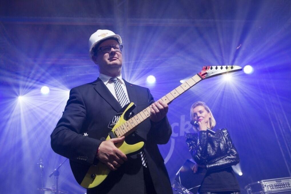 """Paweł Adamowicz na """"Grand opening"""" Hard Rock Cafe w Gdańsku"""