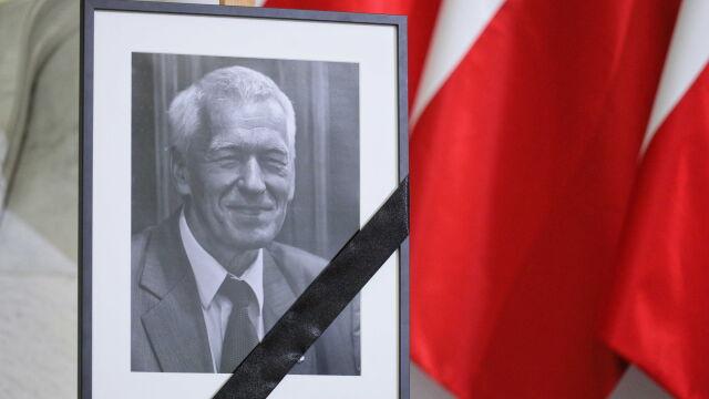 Wyznaczono datę pogrzebu Kornela Morawieckiego. W Sejmie księga kondolencyjna
