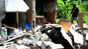 Fale tsunami, ewakuowani, liczne wstrząsy wtórne
