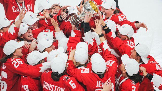 Kanadyjki wróciły na tron. W finale przegrywały już 0:2