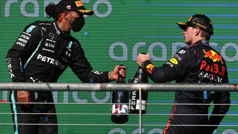 """Historia za Verstappenem. """"Hamilton musi zacząć wygrywać"""""""