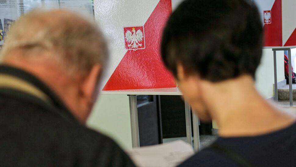 Polacy wybierali 52 europarlamentarzystów