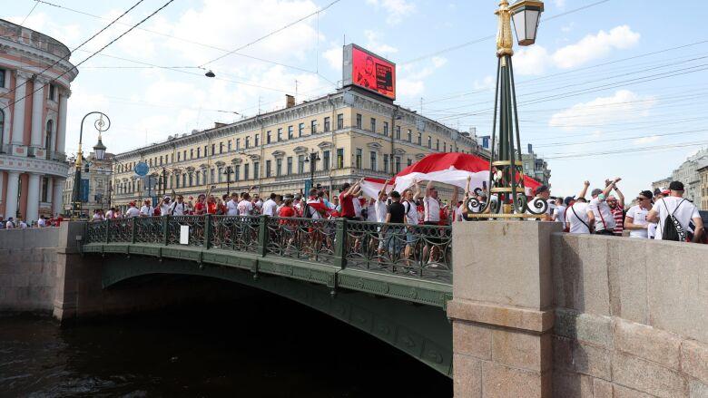 Polscy kibice opanowali centrum Sankt Petersburga