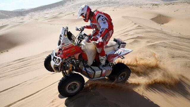 Dominacja Sonika na przedostatnim etapie Rajdu Dakar. Inni Polacy też w czołówce