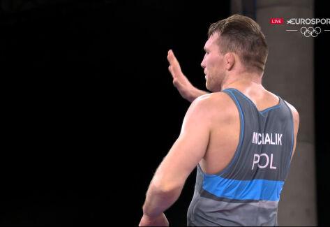 Tokio. Zobacz całą walkę Michalika w ćwierćfinale w zapasach w stylu klasycznym mężczyzn