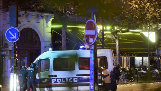 Francja zamyka granice i wprowadza stan wyjątkowy