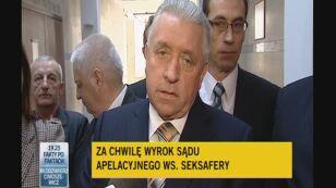 Andrzej Lepper o seksaferze tuż przed wejściem na salę sądową