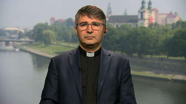 """Ksiądz Jacek Prusak był gościem we """"Wstajesz i wiesz"""". Cała rozmowa"""