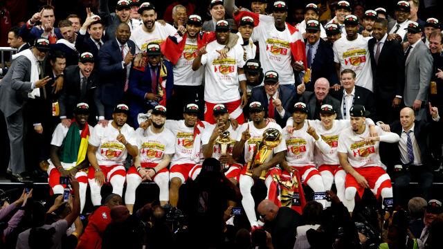 Wojownicy zdetronizowani. Toronto Raptors mistrzami NBA