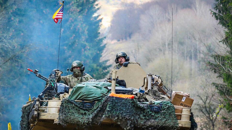 """""""Amerykanie przerzucają do Polski sprzęt, my wznosimy budynki i obiekty wojskowe"""""""