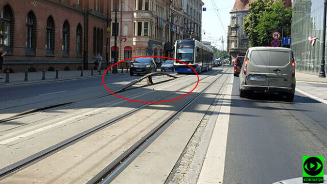 Na torowisku tramwajowym wygięła się szyna. Od gorąca