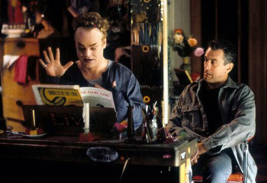 "Philip Seymour Hoffman w ""Bez skazy"", 1999 rok (na zdjęciu z Robertem de Niro)"