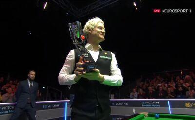 Robertson odebrał puchar za triumf w European Masters