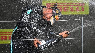 Zderzenie Hamiltona z Verstappenem. Mistrz świata wygrał na torze Silverstone