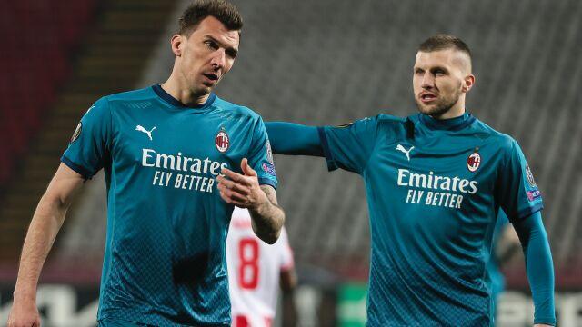 """Napastnik Milanu zrzekł się pensji, odda ją potrzebującym. """"Rzadko spotykany gest"""""""