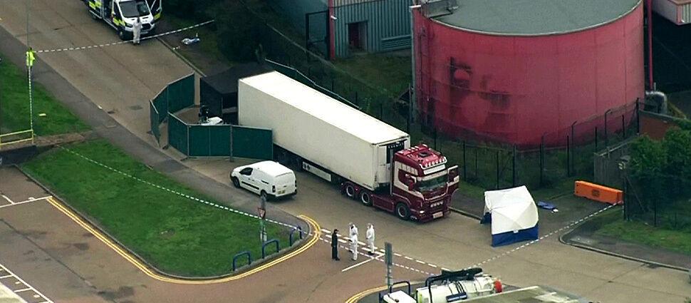 39 ciał w ciężarówce pod Londynem.  Miała jechać z Bułgarii