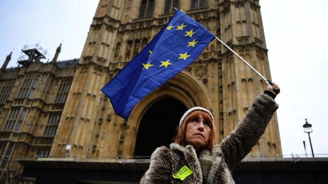 Johnson dzwonił do Tuska.  Data brexitu wciąż niepewna
