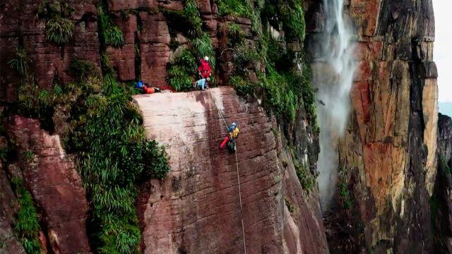 Polacy zdobyli Salto Angel, najwyższy wodospad świata