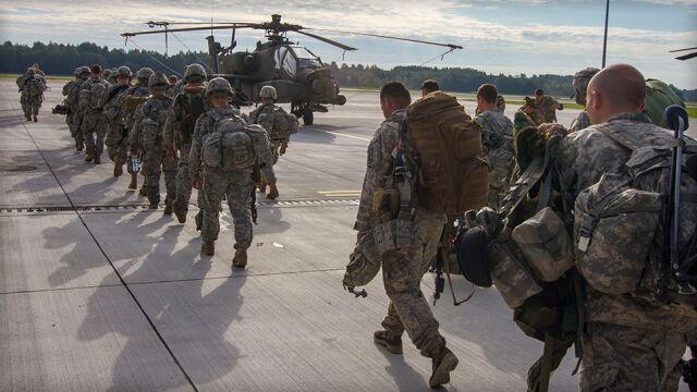Do Polski Rumuni i Brytyjczycy, Polacy na Łotwę. NATO wzmacnia wschodnią flankę