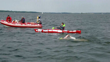 Przepłynął 76 kilometrów. Polski pływak przerwał atak na rekord świata