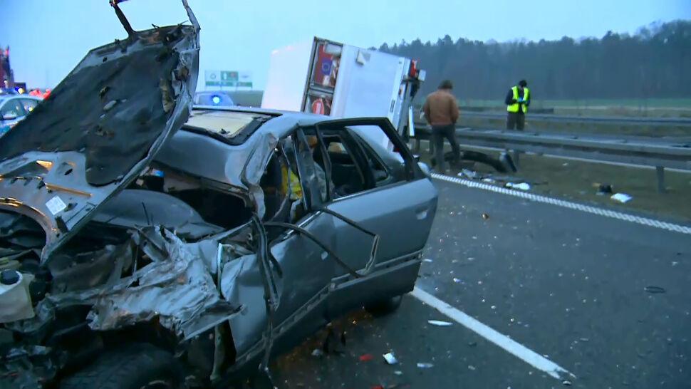 Na S3 zderzyły się auta i samochód dostawczy. Kilkugodzinne utrudnienia