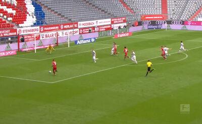 Skrót meczu Bayern - Freiburg w 33. kolejce Bundesligi