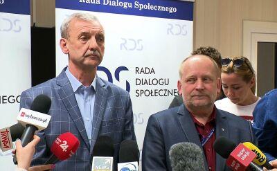 """ZNP i FZZ: nie weźmiemy udziału w obradach """"okrągłego stołu"""" o oświacie"""