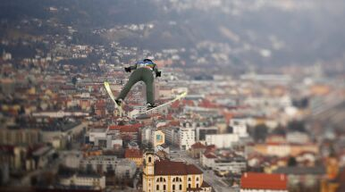Granerud postraszył Kubackiego w Innsbrucku. Wszyscy Polacy z awansem