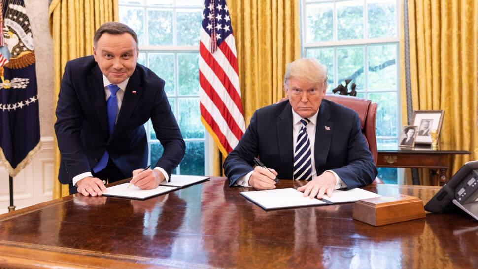 """""""Obiecywałem prezydenturę skuteczną, nie celebrującą"""". Duda o zdjęciu w Białym Domu"""