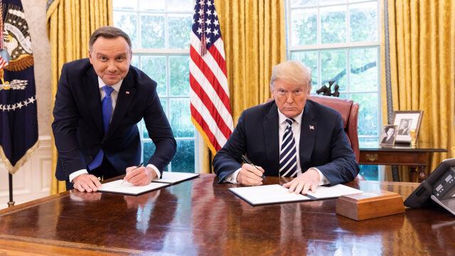 """""""Nadszedł czas umocnić strategiczne partnerstwo"""". Polsko-amerykańska deklaracja"""