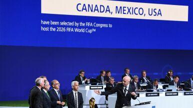 """""""Nic nie jest pewne"""". FIFA musi poczekać z wyborem miast-gospodarzy mundialu 2026"""