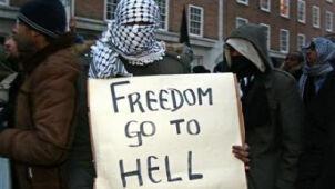 Brytyjski raport o finansowaniu ekstremizmu jawny tylko częściowo. Opozycja: rząd chroni Saudów