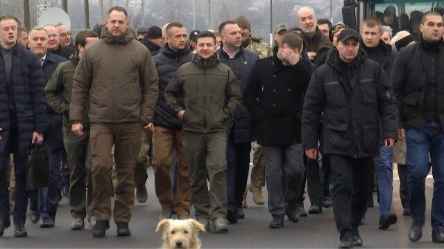 Wołodymyr Zełenski otworzył most w Donbasie