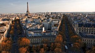 Francuscy hotelarze kontra amerykański gigant.