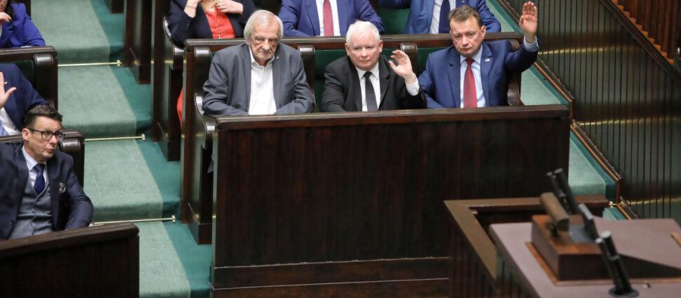 Piotrowicz, Pawłowicz i Stelina wybrani  na sędziów Trybunału Konstytucyjnego