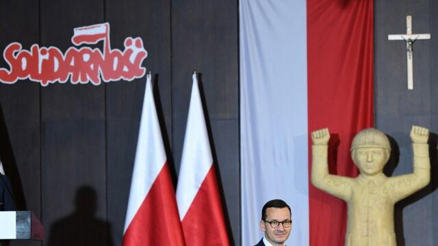 Morawiecki: władza musiała liczyć się z tym, że tam są ci wariaci
