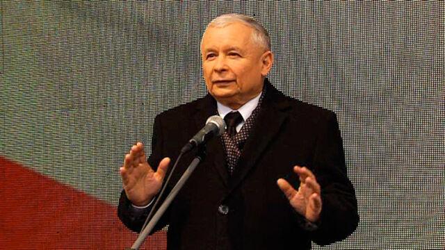 Jarosław Kaczyński przemawiał przed Pałacem Prezydenckim